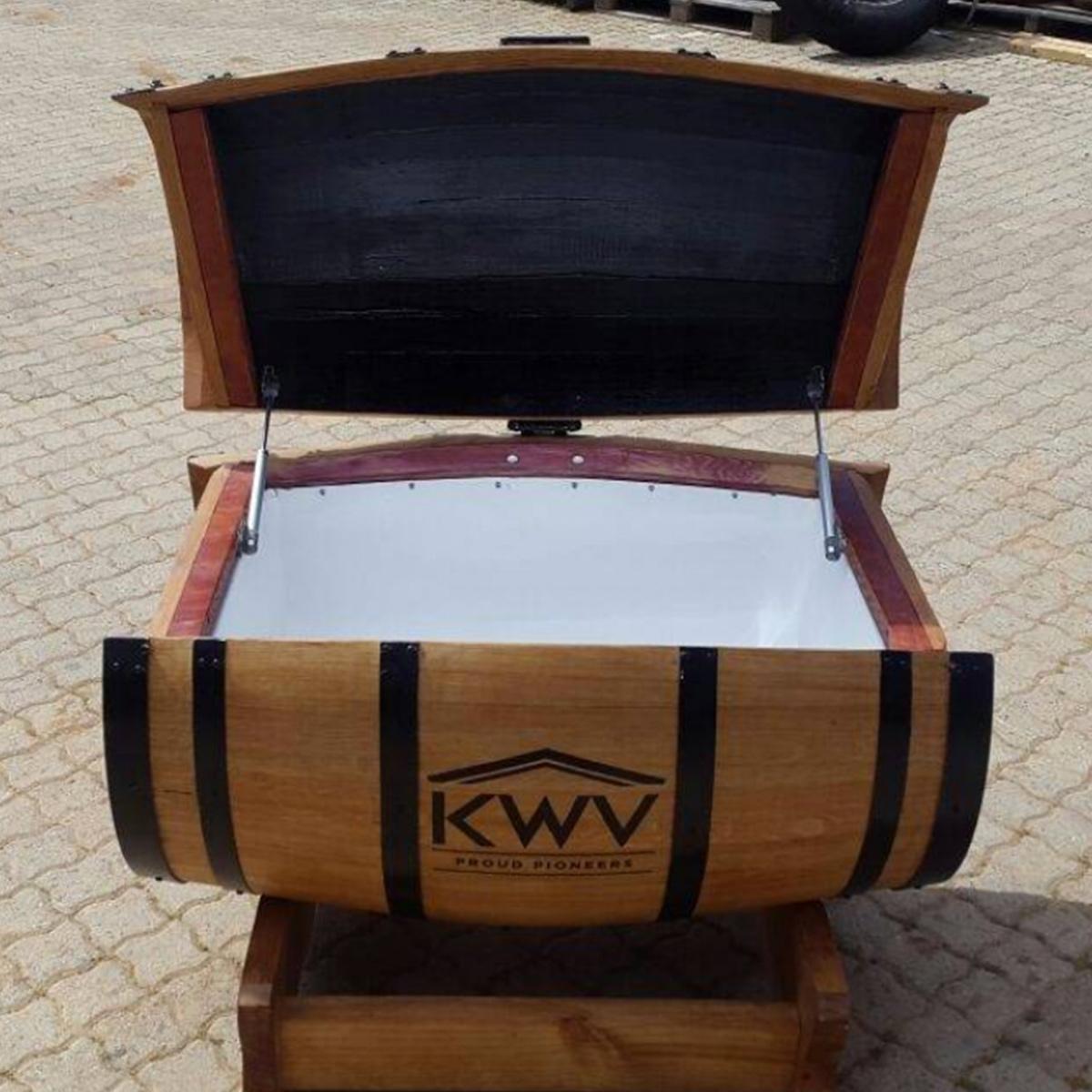 225ℓ Wine Barrel Cooler Box Wine Barrel Furniture Manufactured In