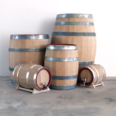 Oak Barrels & Kegs